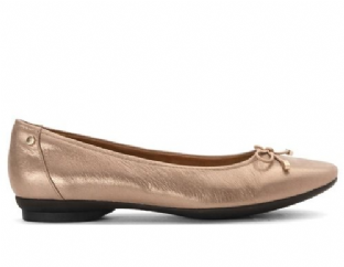 Clarks Womens Candra Light Champagne Leather Shoes